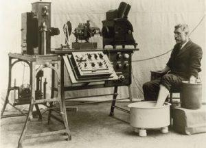 Qué son los electrocardiógrafos, su historia